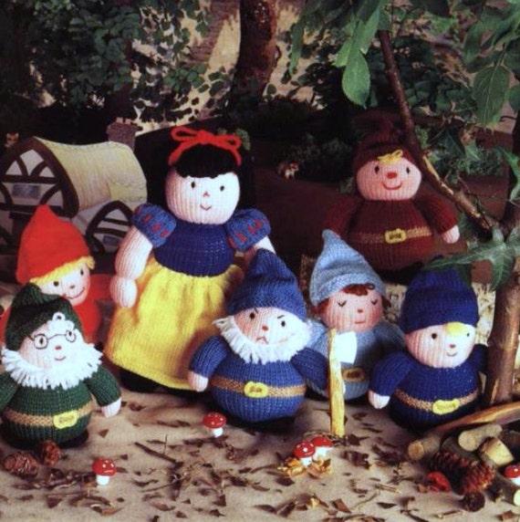Vintage Knitting Patterns Toys : Vintage Knitting Pattern PDF Toys Snow White by ToysWereUsPatterns