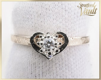 Vintage ~ Ladies Heart Solitaire Engagement Ring ~ 14K Yellow Gold ~ 0.07ct Brilliant Cut H/SI1 Diamond Solitaire ~ STR16070 ~ GIA ~ 850.00