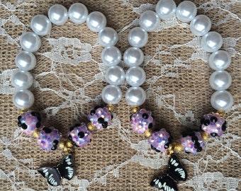 Set of 6 butterfly bracelets.. Butterfly party.. Butterfly party favor