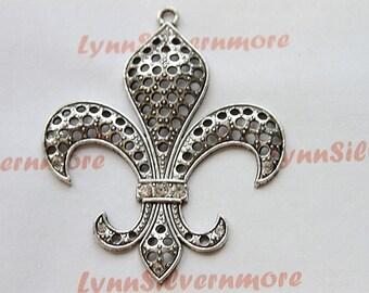 1  pcs - 81x 66 mm  XLarge Fleur de Lis Pendant  Antique Silver  Lead Free Pewter