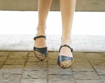 Leopard print shoes, Leather pumps, Pointy flats, Mary janes, Flat pumps, Leopard flats, Womens shoes, Closed toe sandals, Designer shoes