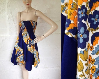 1970s Flower Power Petal Hem Beach Dress / 70s Sun Dress / Vintage Sun Dress / Size UK 8/10