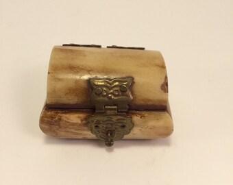 Vintage Trinket box.  Cute small piece.