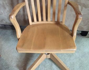 Classic Solid Oak Banker's/Office Swivel Arm Chair