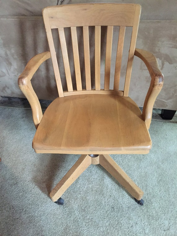 Classic Solid Oak Banker S Office Swivel Arm Chair