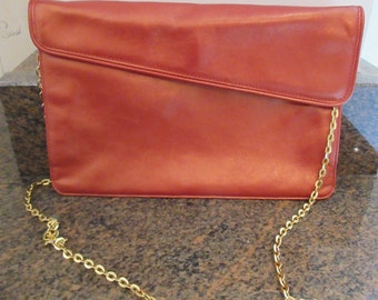 Vintage Metallic Pink 1970's 'Giannini' Leather Handbag With Gold Chain Shoulder Strap - Made In Italy