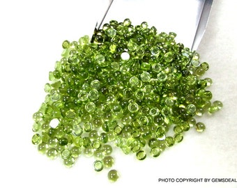 4 mm ROUND (10 PCS) cabochon Natural PERIDOT cabochon have lots of gorgeous..... beautiful green color....