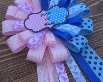 Gender Reveal pin - Corsage - Pink or Blue