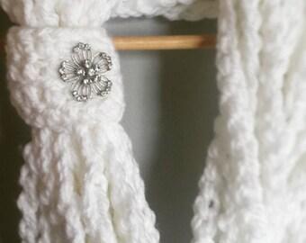 The Snow Sparkles  chain scarf