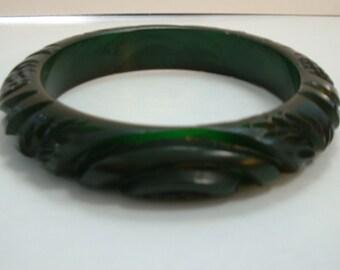 Vintage Carved Transparent Deep Green Carved Hi-Wall Bakelite Bangle Bracelet
