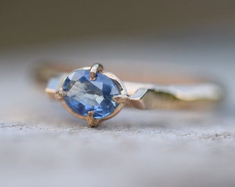 Ceylon sapphire ring, blue sapphire ring, sapphire engagement ring, natural sapphire, sapphire promise ring, September sapphire gold ring