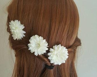 Small Bridal Hair Flowers, white flower clips on bobby pins, wedding hair flowers, wedding hair accessories, wedding hair piece