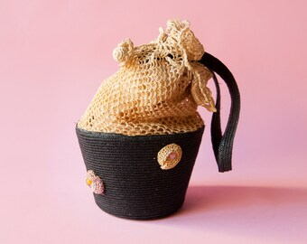 1920's Straw Drawstring Bucket Purse With Color Bead Detail