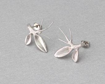Branch Post Earring . Matte Original Rhodium Plated . 10 Pieces / C2076S-010
