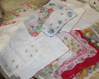 Vintage Assorted Lot 12 Ladies Handkerchiefs Hankies Florals Embroidered Flowers