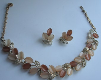 1940's Vintage Signed Lisner Necklace and Matching Earrings Set