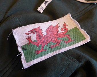 "6"" Retro Vintage WELSH Flag Patch - Make new clothes look vintage or breath new life into old clothing."