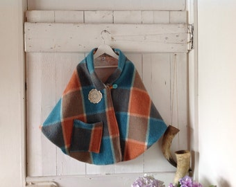 Children's Girls Winter Woollen Cape.SOLD