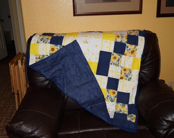 Small Lap quilt Blue and yellow floral squares. C-1