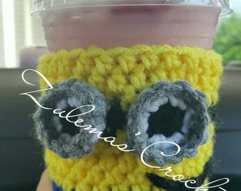 Crochet Minion Cup Cozy, Minion Cup Cozy, Crochet Cup Cozy, Minions, Crochet Minions, Coffee Cup Cozy, Crochet Coffee Cup Cozy