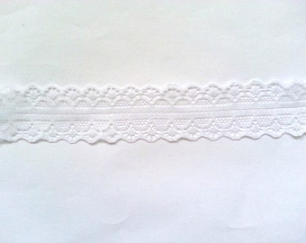"""10 Yards of White Lace Trim/ Lace Ribbon 1.1"""" (2.8 cm)"""