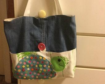 The cute little turtle bag