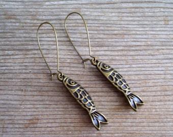 Brass Fish Dangle Earrings Antiqued Brass Fish Earrings, Bronze Fish, Pierced Earrings Nautical Jewelry, Beach Earrings