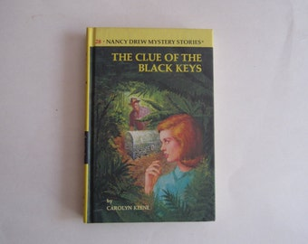 Nancy Drew Clue of the Black Keys, Vintage Nancy Drew Number 28, Nancy Drew vintage  1970s Nancy Drew book, Nancy Drew mystery Black Keys