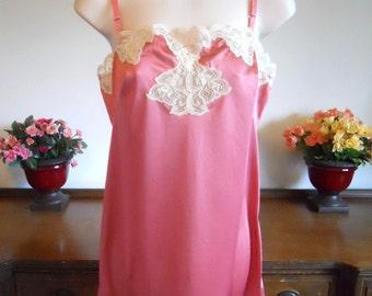 Vintage Van Raalte ~ Pin Up Girl Rose Pink Slip Chemise ~ Lacy Slip ~ Elegant ~ Feminine ~ Lolita ~  Girly Girl Pink ~ Small Petite