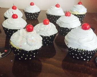 Set of 3 Fake cupcakes Party Decor
