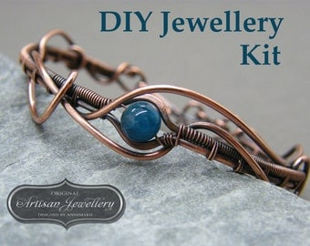 Wire wrapped jewellery kit ~ Wire wrapping tutorial ~ Wire wrapped jewellery tutorial kit ~ Kit for making jewellery ~ Bracelet making kit