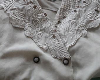 Cream vintage shirt with beautiful collar
