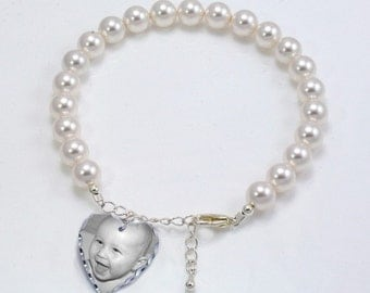 Photo Bracelet with Engraving. Personalised Pearl Bracelet with Photo.