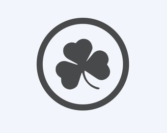 Shamrock in Circle - Irish/Celtic/4 Leaf Clover - Di Cut Decal - Car/Truck/Laptop/Computer/Phone/Home Decor/Bumper Sticker - Vinyl Decal
