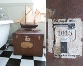 Superb vintage/antique hat box/trunk~Well travelled - fab steam ship labels to prove it! Leather corners & brass fittings~Side table/storage