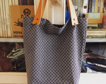 Graphic white noiret tote bag