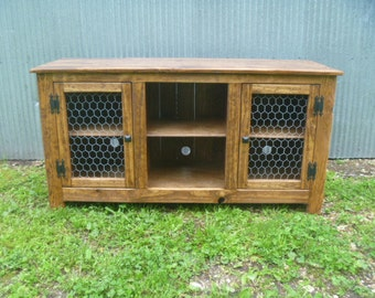 Repurposed Wood Recycled Pallet TV Stand Plazma Media