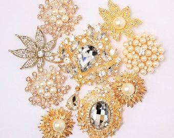 9 pcs Clear Rhinestone Pearl Wedding Vintage Assorted Gold Pin Brooch, Wholesales Bulk Lot, DIY Wedding Brooch Bouquet Kit