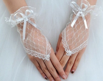 White Lace Fingerless Wedding Gloves Fingerless Bridal Gloves Wedding Accessory for Brides