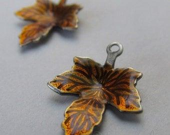 Auburn Maple Leaf Charms - 5/10/20 Wholesale Autumn Enamel Antiqued Silver Plated Pendant Findings C6373