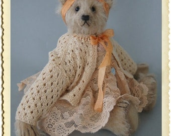 Bella 18 CM blond mohair teddy bear