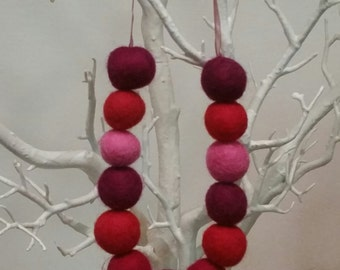 Pinks and Purple Wool Felt Ball Necklace