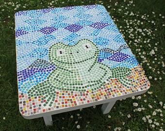Frog Mosaic Table - Original outdoor/indoor