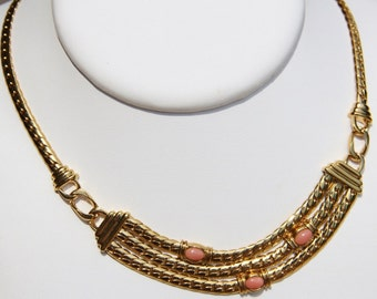 breastplate in coral pink and vermeil necklace