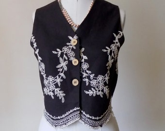Ladies Vintage 1990s Ice Black Vest with White Embroidery Wood Buttons Boho Vest size M