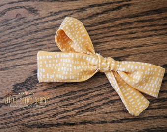 Fabric Bow, Hair Bow, Hair Clip, Toddler Bow, Baby Bow, Alligator Clip- Mustard & White