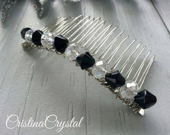 Haircomb.Haircomb with black and white glass crystals.Hair Accessories.Fascinator.Head piece.Christmas gift.Hair jewelry.Hairpin