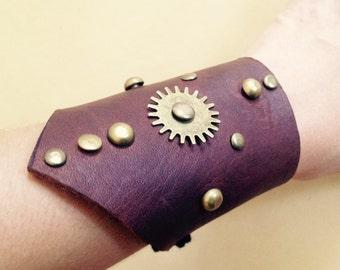 Steampunk leather cuff / steampunk wrist cuff / leather cuff / gothic cuff / genuine leather cuff / bracelet cuff / steampunk bracelet /