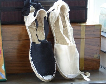 Lace Up flat espadrilles - BLACK / IVORY - mumishoes - made in spain