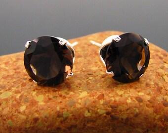 Smoky quartz earrings, smoky quartz studs, smoke quartz stud earrings 8 mm, big smoky quartz earings, smoky quartz jewelry